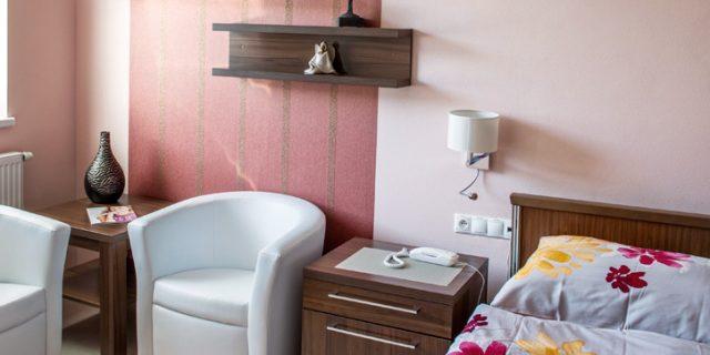 klinika-Aesthetica--zikla-ambulancia-plasticka-jednodnova-chirurgia-banska-bystrica